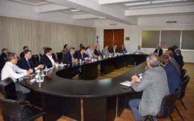 Tarifazo: Frigerio y Aranguren recibieron a intendentes bonaerenses