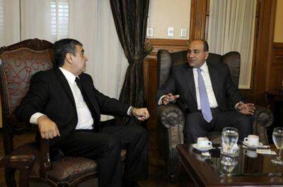 Según Alfaro, hay hipocresía en los planteos del gobernador