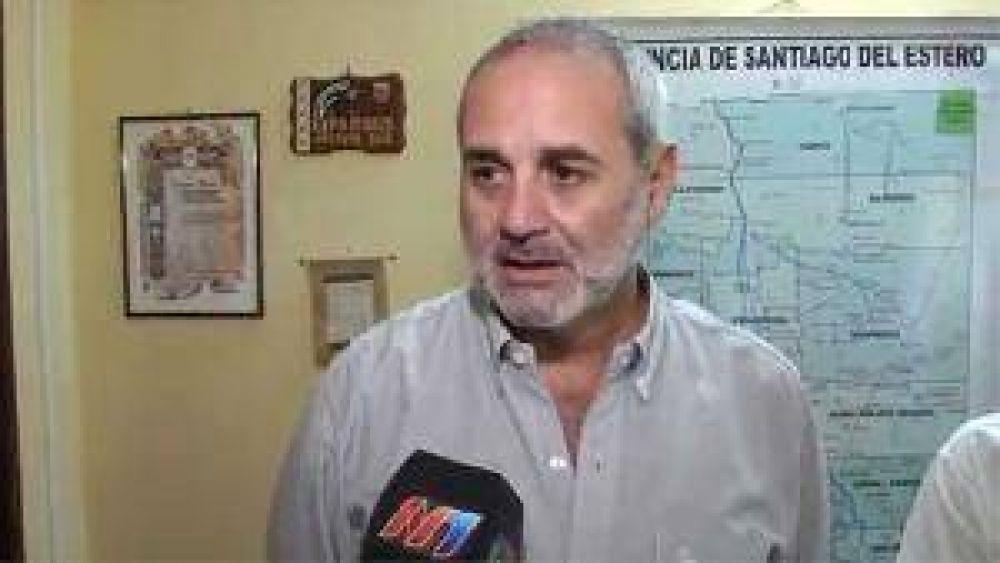 Carlos Cejas asumió como secretario de Agricultura Familiar de Santiago