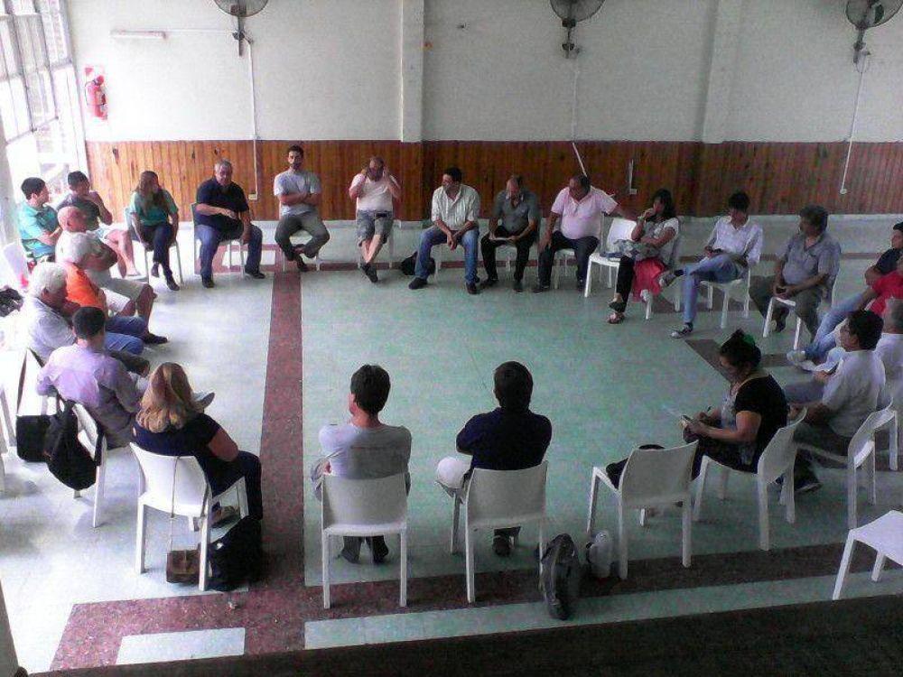 Trabajadores de ATE en organismos nacionales de Entre Ríos se declararon en estado de alerta y movilización