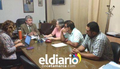 Gutiérrez recibió a representantes gremiales de los No Docentes