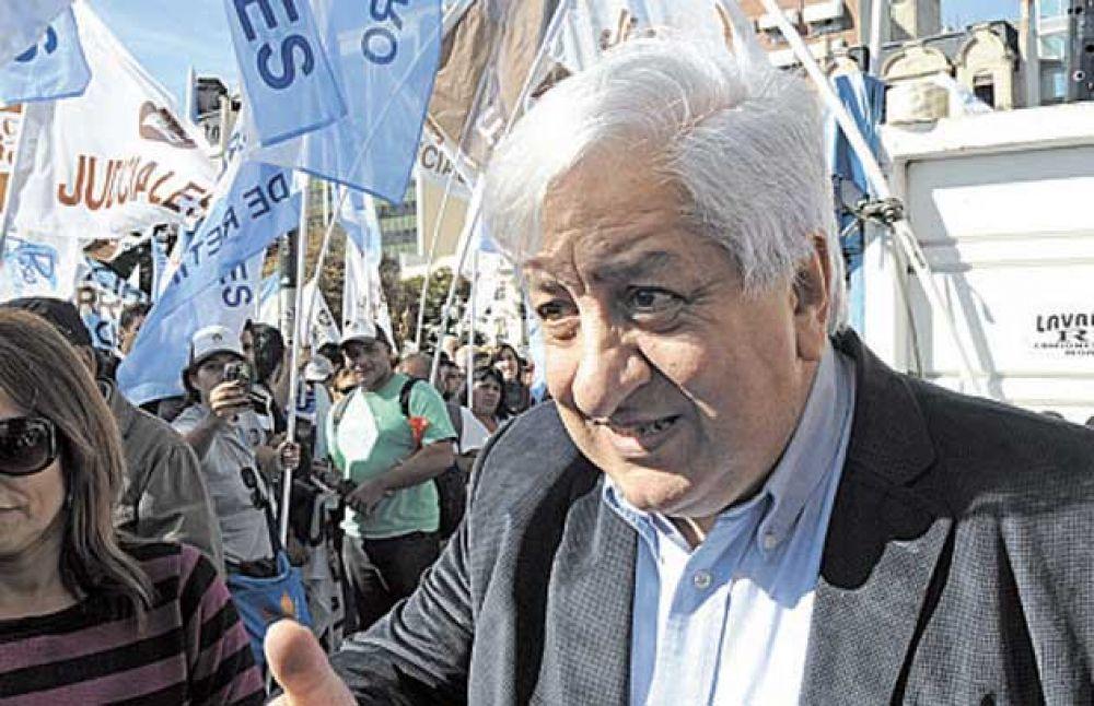Piumato dejó expuesta la división de los gremios a favor y en contra del Gobierno