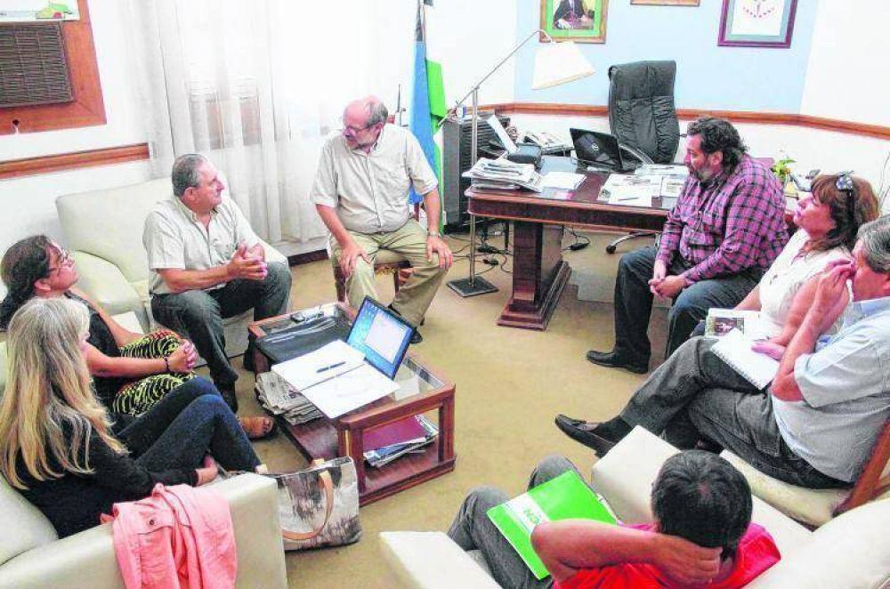 Río Negro, la primera en formalizar una oferta: 19% a UPCN