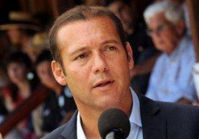 Gutiérrez se reúne con autoridades de Chile