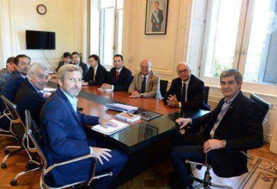 Peña y Frigerio recibieron el ministro de Interior de Chile para
