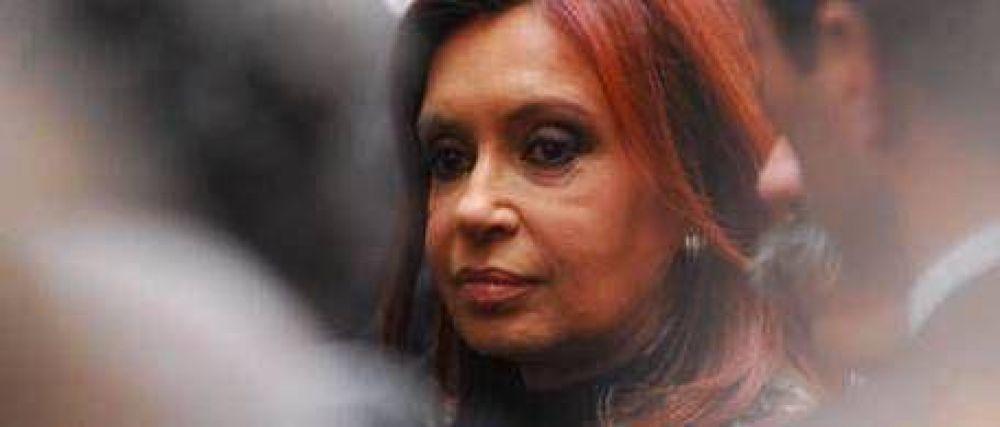 Cristina va hoy al acto frente a la AMIA