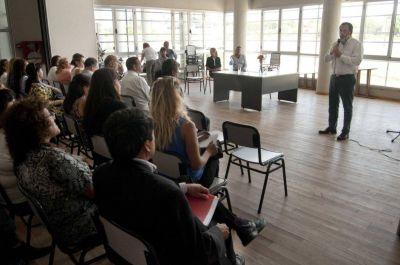 """""""Las provincias van a establecer las líneas de acción educativa"""""""