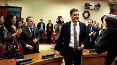 Sánchez toma distancia de Podemos para formar gobierno