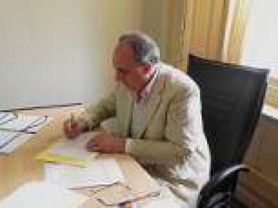 La Plata: Bloque FpV - PJ exige aplicaci�n de ley que regula el empleo municipal