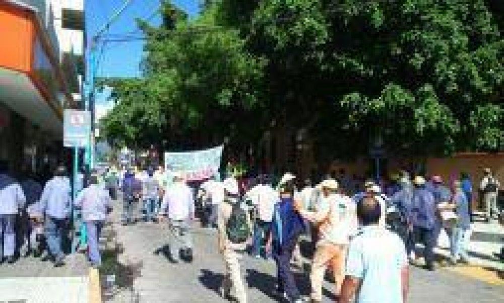 UOCRA salió a la calle a reclamar por reactivación de obra pública