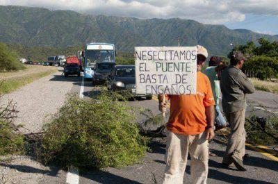 Volvió el reclamo por el puente de Huaycama