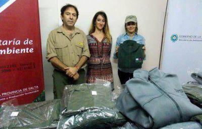 Guardaparques provinciales recibieron nueva indumentaria