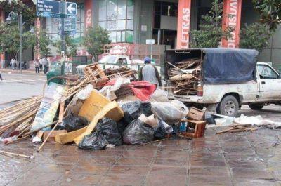 Iniciaron trabajos de limpieza en Plaza Belgrano