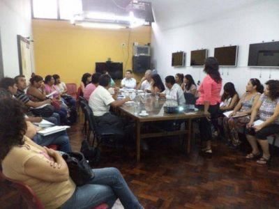PUEBLOS ORIGINARIOS DISCUTEN POLÍTICAS DE SALUD CON FUNCIONARIOS PROVINCIALES