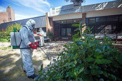 La Municipalidad está realizando tareas de fumigación en escuelas