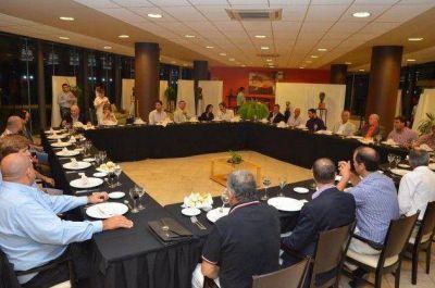 El Gobierno define un plan de obras con los municipios