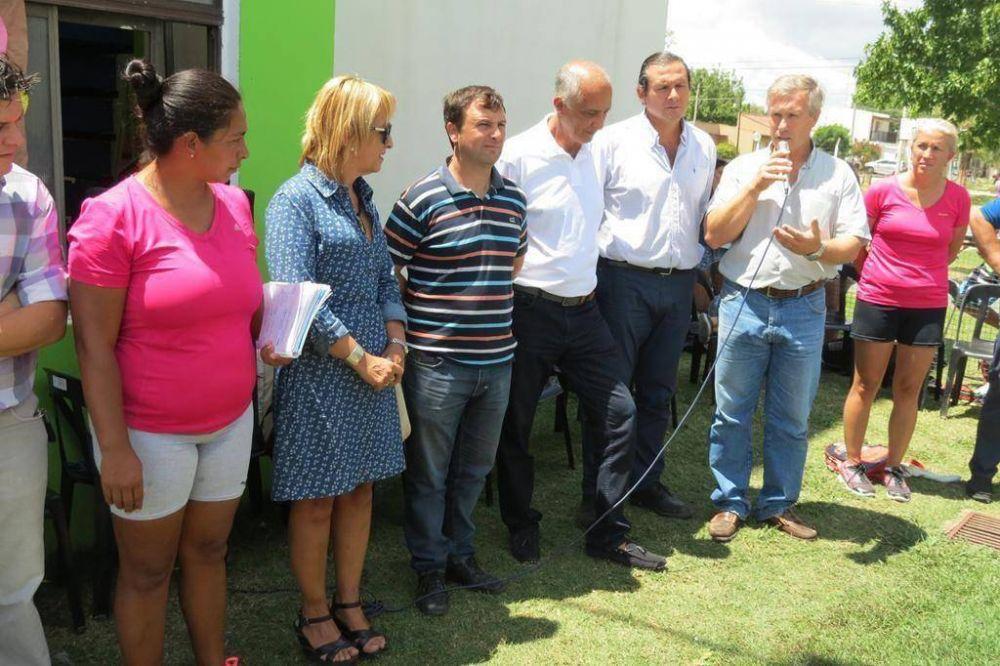 Se llevó a cabo el cierre de la Escuela Abierta de Verano en el Polideportivo de Dolores