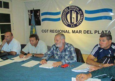 """""""No se va a detener la municipalización de los guardavidas"""""""