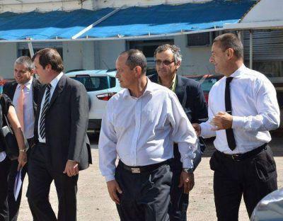 La Municipalidad le debe 3,2 millones a exfuncionarios de Luis Larra�aga