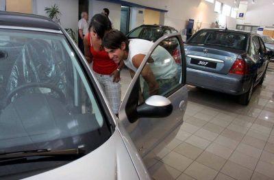 Por falta de precios y stock, cayó un 20% la venta de 0 km en Mendoza