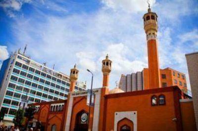 Más de 80 mezquitas abren sus puertas a los no musulmanes en el Reino Unido