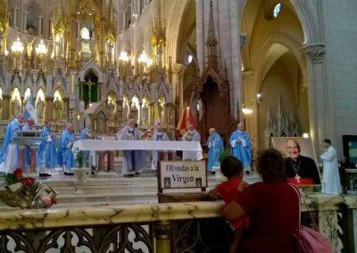 Diez obispos celebraron en Luj�n una misa en memoria del cardenal Pironio