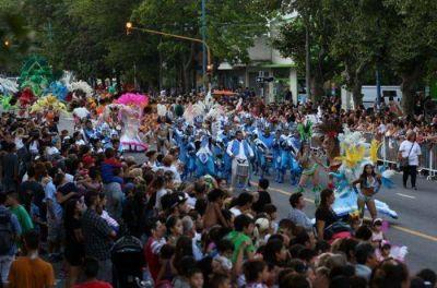 Mar del Plata: Más de 30 mil personas disfrutaron de los carnavales y el corso