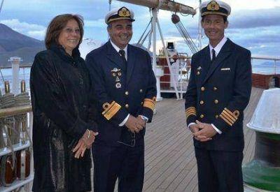 La Doctora Battaini saludo a autoridades de la Armada Argentina