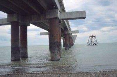 En materia de obras públicas, la prioridad es reactivar la obra del puerto de Río Grande