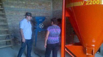 El Coordinador de la SAF visitó a pequeños productores del departamento Robles
