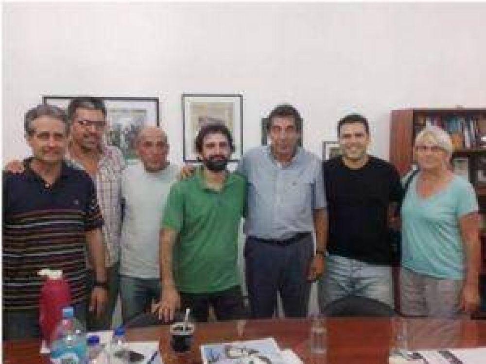 """Afiliados y referentes de ATE Chivilcoy con """"Cachorro"""" Godoy para organizar el paro nacional"""