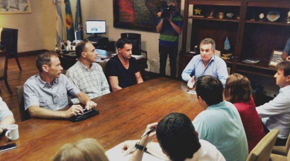 Estafa a la Sapem: el intendente recibió a los concejales opositores