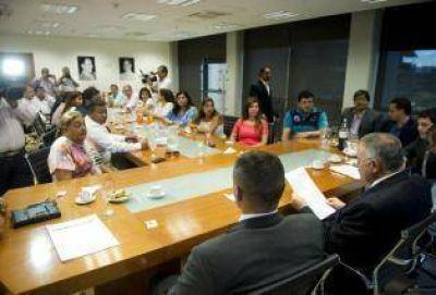 Vargas Aignasse solicita licencia y el bloque oficialista promueve una ley anti drogas