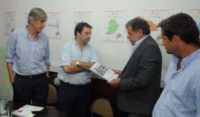Evalúan impulsar proyecto turístico entre Ayacucho y Tandil