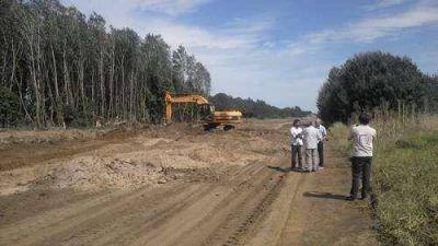 Caminos rurales: recorrida de funcionarios por el Paraje Bosch