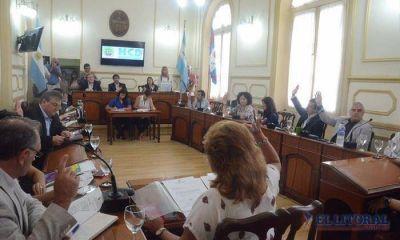 El Concejo aprobó la consolidación de la deuda y hubo fuego cruzado por Aguad