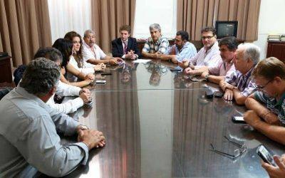 El Gobierno definió como apremiante la situación de municipios y comunas