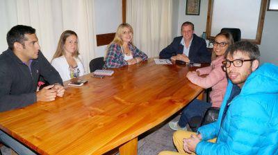 Naci�n, Provincia y municipio acuerdan trabajos para las �reas de Juventud y Deportes