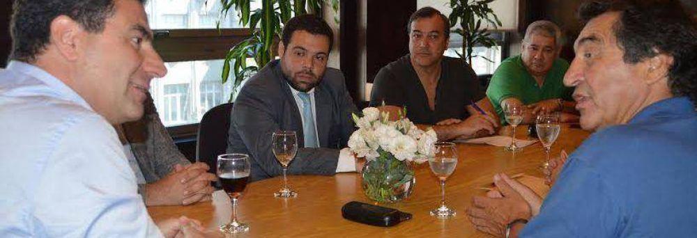 PAMI: Río Negro y Neuquén recuperan autonomía funcional y administrativa