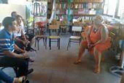 La Plata: Concejal Gerardo Jazm�n visit� instituciones de Villa Elisa