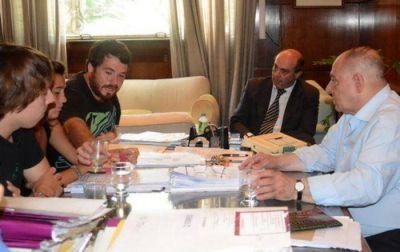 El Intendente buscará la implementación del Boleto Universitario