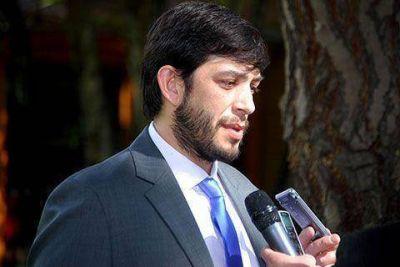Casarini gestiona fondos y critica el ahogo financiero de Nación
