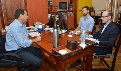 Analizan marcha de proyectos agroindustriales de Santiago