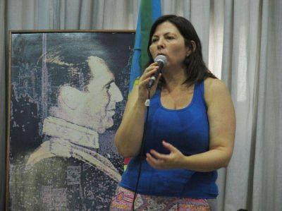 """Batakis disertó en la sede del PJ La Plata: """"Tenemos que volver a enamorar a la gente"""""""