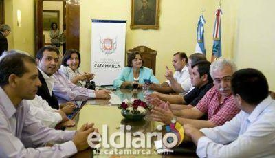 Luc�a reuni� a los Intendentes y Senadores Nacionales del FPV