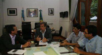 Elustondo se reuni� con intendentes para estructurar agenda de trabajo com�n