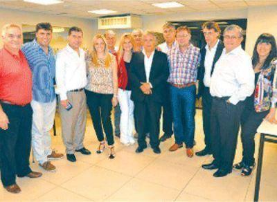 Casas se reunió con diputados del nuevo bloque Justicialista