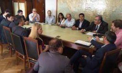 Nación le garantizó a Paredes subsidios al transporte público