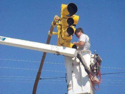Concejales de la UCR solicitan la inmediata reparación de los semáforos fuera de servicio