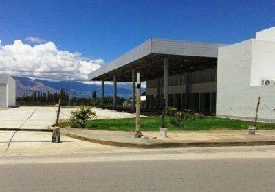 Urtubey inauguró una nueva terminal de Cafayate